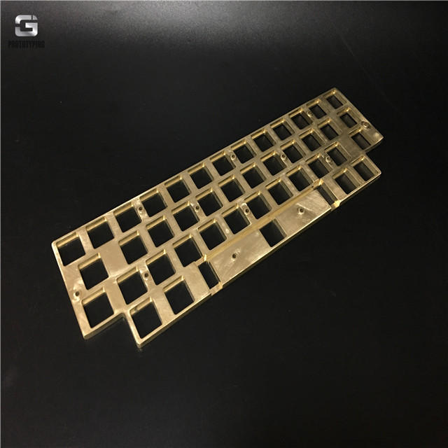 打磨黄铜键盘