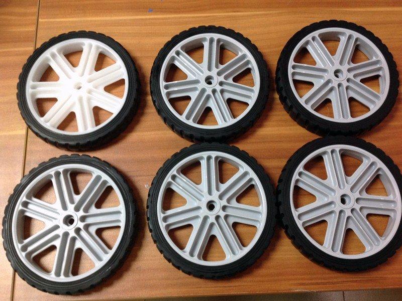 优质橡胶轮胎小批量生产