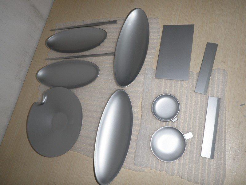 简单现代餐具设计手板