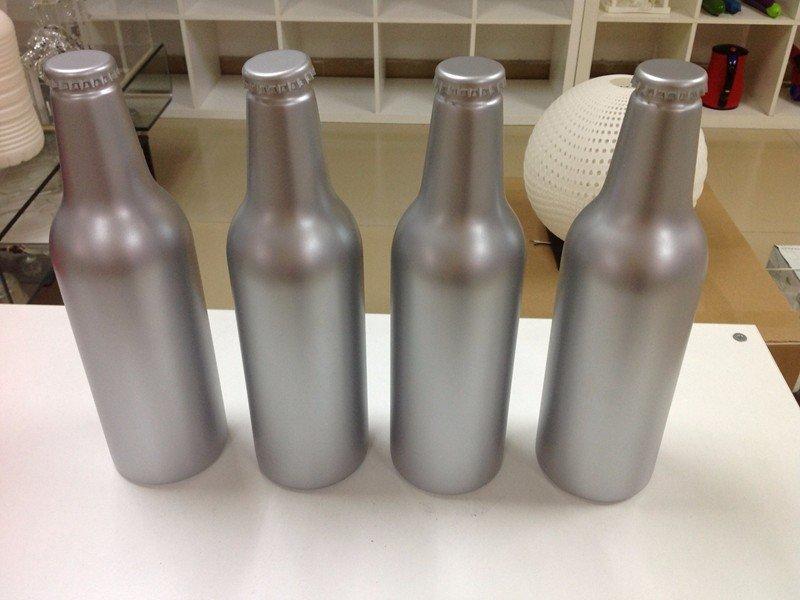 打磨喷漆高要求表面啤酒瓶模型